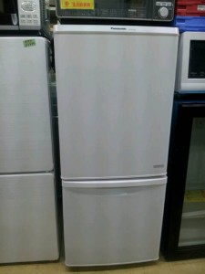 パナソニック 138L 2ドア冷蔵庫(ブラック)Panasonic NR-B146W